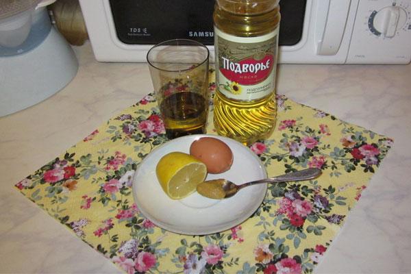 Набор продуктов для приготовления майонеза фото
