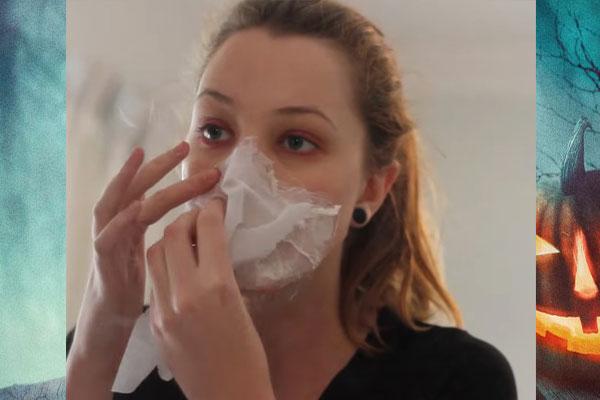 Наклеивание салфетки на лицо
