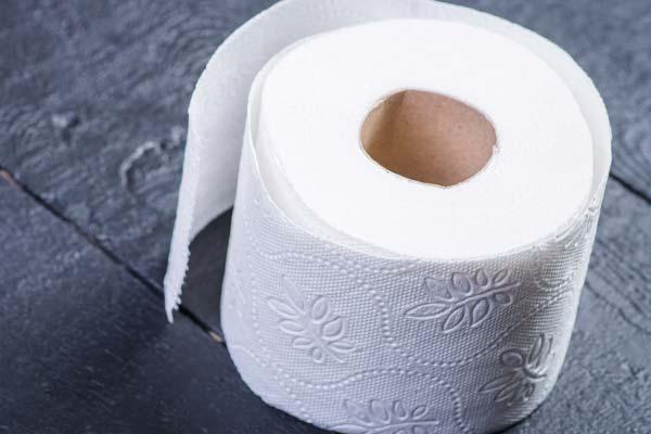 Рулон туалетной бумаги
