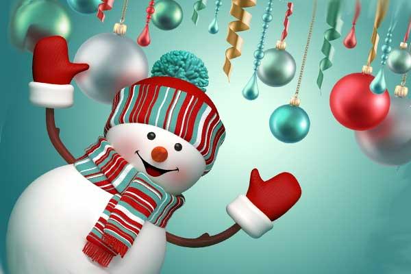Снеговик и новогодние шары